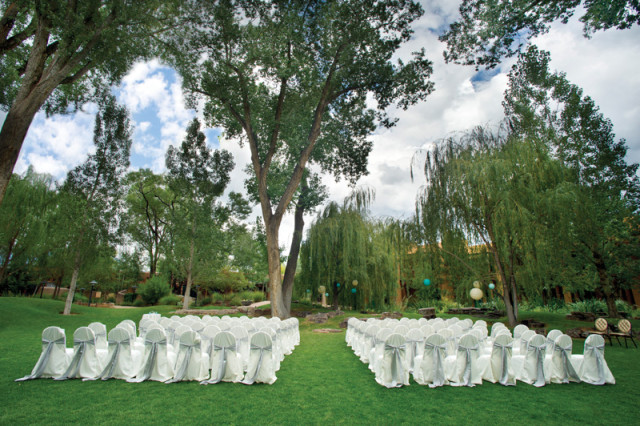 Taos-El-Monte-Sagrado-Event-Sacred_Circle_wedding2